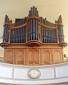 A photo of the organ at St. Peter's Methodist Church, Canterbury